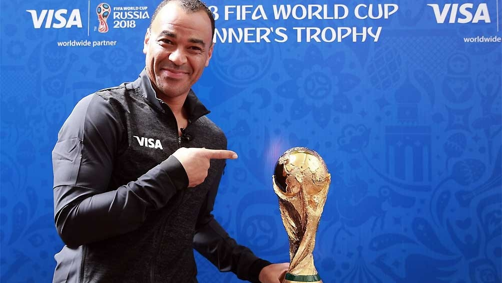 Cafú, ex defensor y capitán de Brasil como Campeón del Mundo en Japón y Core 2002, se anticipa a la cita mundialista