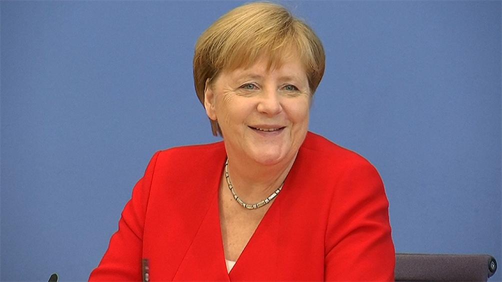 Merkel dijo que estaría preparada para recibir la vacuna