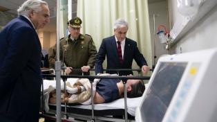Una bomba estalló en una comisaría de Santiago e hirió a ocho carabineros