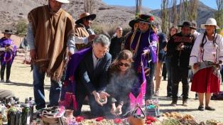 """Macri pidió a la Pachamama un país """"en paz, armonía y con trabajo para todos"""""""