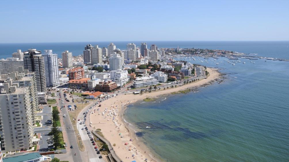 """""""En Punta del Este ya están habilitados para recibir turistas dos hoteles de los más importantes"""", señaló Germán Cardoso."""