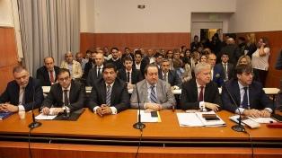 Se reanudó juicio a Echegaray, López y De Sousa por Oil Combustibles