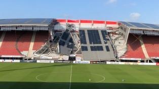 Se derrumbó parte del estadio AFAS Stadion por fuertes vientos