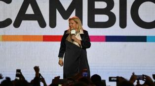 Carrió se reunió con Macri y luego sus diputados presentaron proyectos por Ganancias y pymes