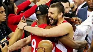 La NBA inicia el 22 de octubre con Toronto-New Orleans y el clasico angelino