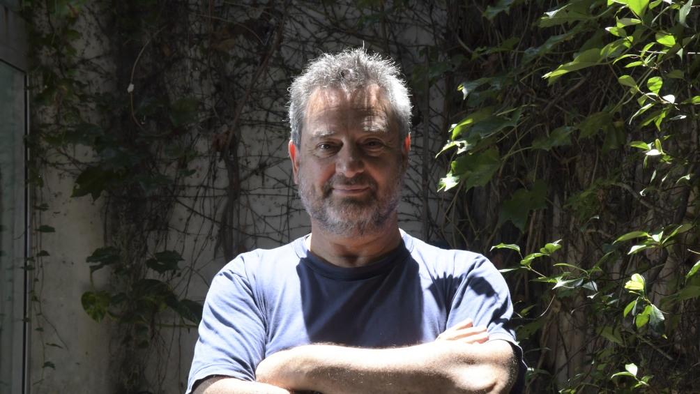 Guebel ha escrito más de veinte libros entre cuentos, novelas y obras de teatro.