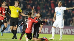 Colón clasificó a semifinales al golear a Zulia en Santa Fe