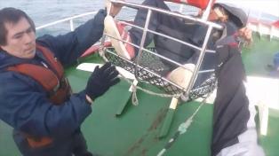 Prefectura aeroevacuó a un tripulante de un pesquero que sufría un ACV y le salvó la vida