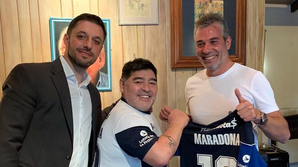 Diego y Morla mantuvieron una relación comercial y de amistad durante más de siete años. En la foto, antes de asumir como DT de Gimnasia y Esgrima La Plata.