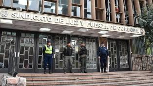 Realizaron 15 allanamientos en una investigación de lavado de activos en Luz y Fuerza de Córdoba