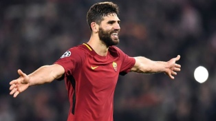 Roma juega en Turquía y el Arsenal en Alemania, en el inicio del torneo