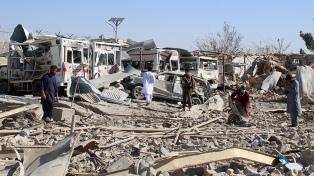 Un ataque talibán dejó 17 policías muertos