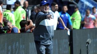 Talleres dejó sin nada al Gimnasia de Maradona y es único escolta