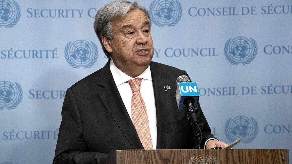 """Guterres instó a los países a concentrarse en la """"amenaza de seguridad mundial"""", en referencia al coronavirus."""