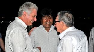 """Cuba ordena el """"retiro inmediato"""" de sus colaboradores en Bolivia"""