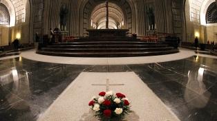El prior del Valle de los Caídos se resiste a la exhumación de los restos de Franco