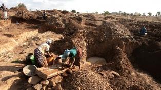Al menos 30 muertos al derrumbarse una mina de oro en Chad
