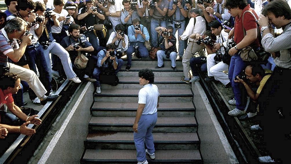 La dirigencia del Nápoli confirmó que el estadio San Paolo será rebautizado como Diego Maradona