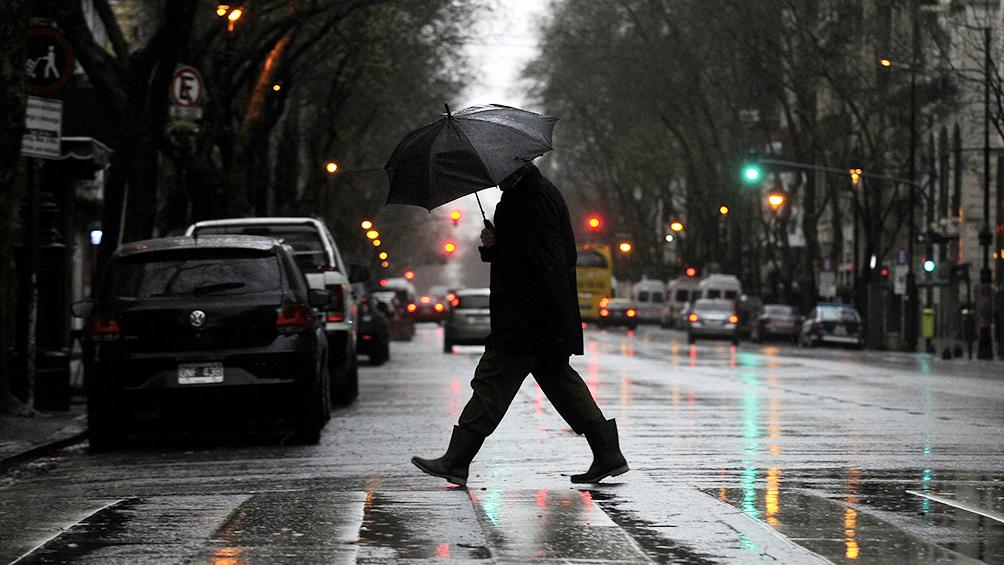 Viernes con lluvias aisladas y una máxima de 17 grados
