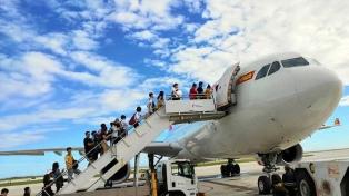 China reabre parcialmente atractivos turísticos tras frenar el avance del coronavirus