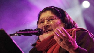 Mercedes Sosa tuvo su homenaje en el Colón durante el Festival Unicos
