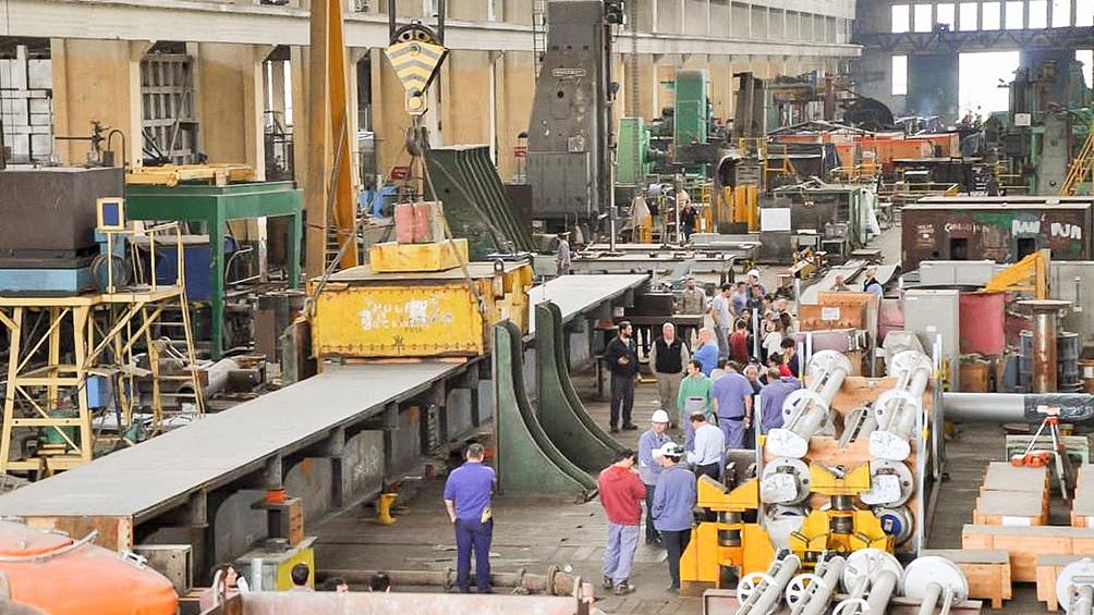 Río Santiago es uno de los astilleros de mayor actividad e importancia de Latinoamérica