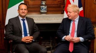 """Johnson y Varadkar ven un """"camino posible"""" para un acuerdo"""