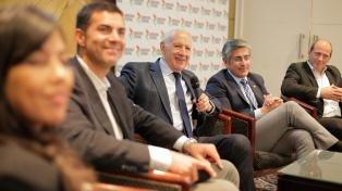 Lavagna apuntó contra Macri y Fernández por las promesas en la campaña electoral