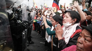 Ecuador aprovecha la pandemia para retomar el ajuste acordado con el FMI