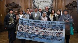 """Familiares de víctimas y sobrevivientes de Cromañón rechazan """"por faraónico"""" un monumento"""