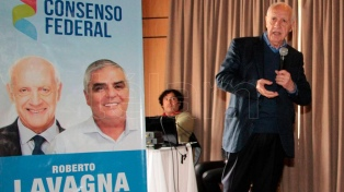 """Lavagna: """"De manera urgente hay que volver a poner de pie la economía nacional"""""""