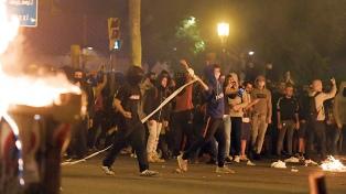Indignación en Cataluña tras disturbios por condena a líderes secesionistas