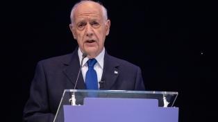"""Para Lavagna, el acuerdo por la deuda permitirá """"mejores condiciones"""" para la economía"""