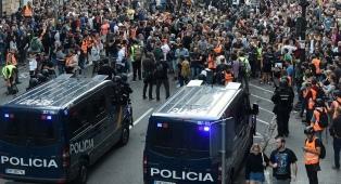 Manifestaciones pacíficas en Cataluña en el séptimo día de protestas por los secesionistas presos