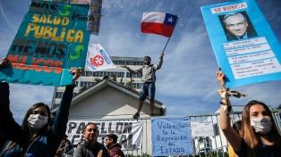 El país amaneció con una huelga y los manifestantes se mantienen en las calles