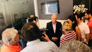 """Gómez Centurión y Hotton cerraron con mensajes """"por la vida"""" y con pastores evangélicos"""
