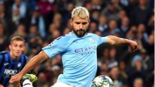 El clásico de Manchester se juega por una de las semifinales de la Copa de la Liga inglesa