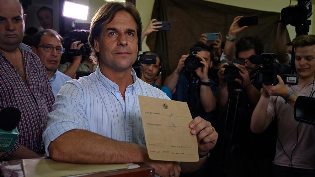 El Partido Nacional del presidente Lacalle Pou pone en juego 12 de las 19 intendencias departamentales