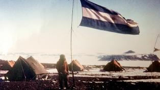 La base Marambio cumple medio siglo defendiendo la soberanía