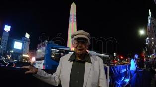 El arte cinético de Le Parc estalló sobre el Obelisco en La Noche de los Museos