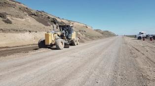 Comenzaron a pavimentar el paso internacional entre Chile y la Argentina