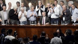 """Acuña, cotitular de la CGT, realzó la madurez sindical en la etapa """"crítica que atraviesa el país"""""""
