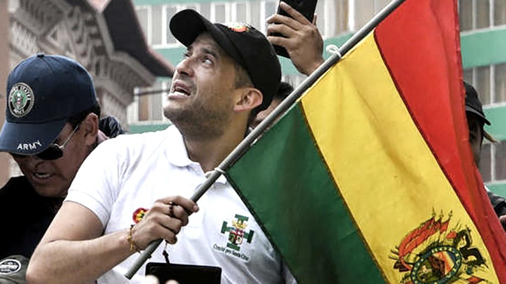 Camacho está señalado como uno de los impulsores del golpe contra Evo Morales, en noviembre de 2019, y fue candidato a la Presidencia en octubre del 2020, pero apenas logró un 16% y quedó tercero.