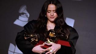 Rosalía, la gran ganadora, en una noche en la que se destacó Andrés Calamaro