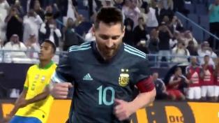 """Messi y sus récords de """"celeste y blanco"""""""