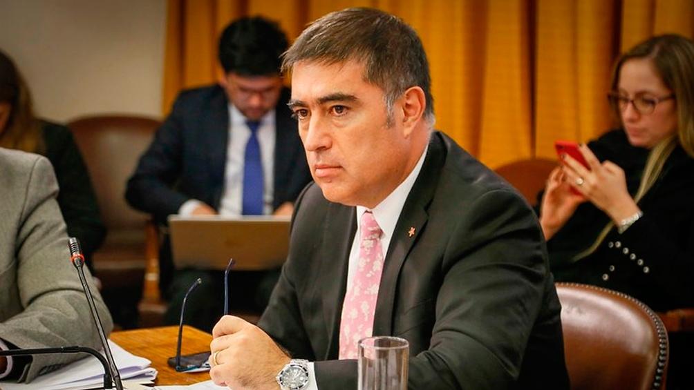 Mario Desbordes, el ex carabinero es uno de los precandidatos del oficialismo.