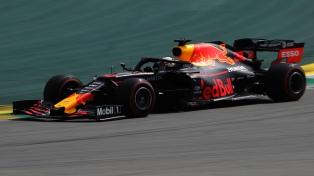 Verstappen dominó los entrenamientos en Austria