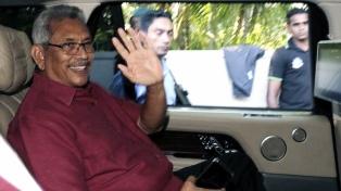 Sri Lanka eligió presidente en comicios marcados por crisis económica y el temor a nuevos atentados