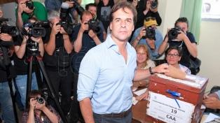 Confiado, Lacalle Pou, anunció que de ganar, mañana pedirá reunión a Vázquez