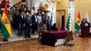 El gobierno de Áñez promulgó la ley para convocar a elecciones sin Evo Morales